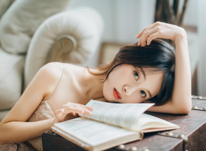 早安情话写给女朋友,早安调皮句子让她一天都想着你